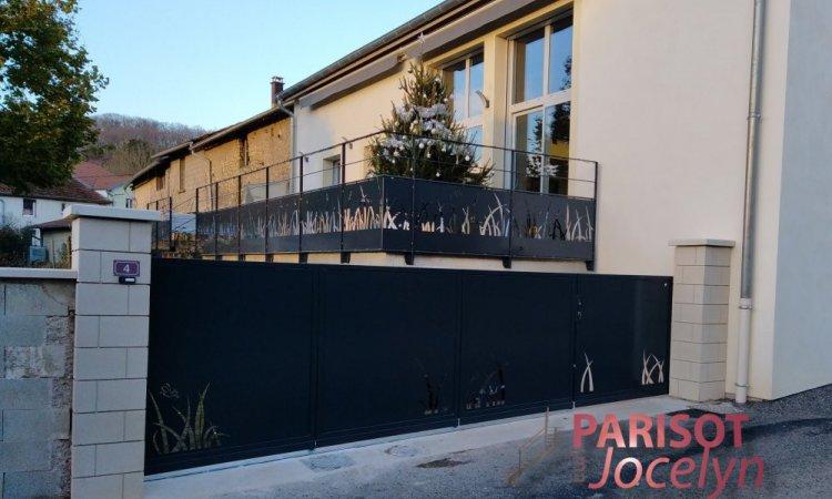 Portails et portillons tôle découper motif inspiré de la nature personnalisé est sur-mesure, sur Vesoul,  Métallerie PARISOT Jocelyn